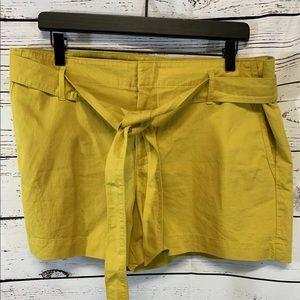 Ann Taylor Loft  Women's Shorts Tie Front Size 12